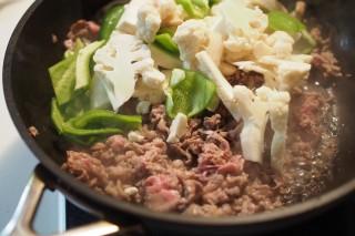 カリフラワーと牛肉のオイスターソース炒め3